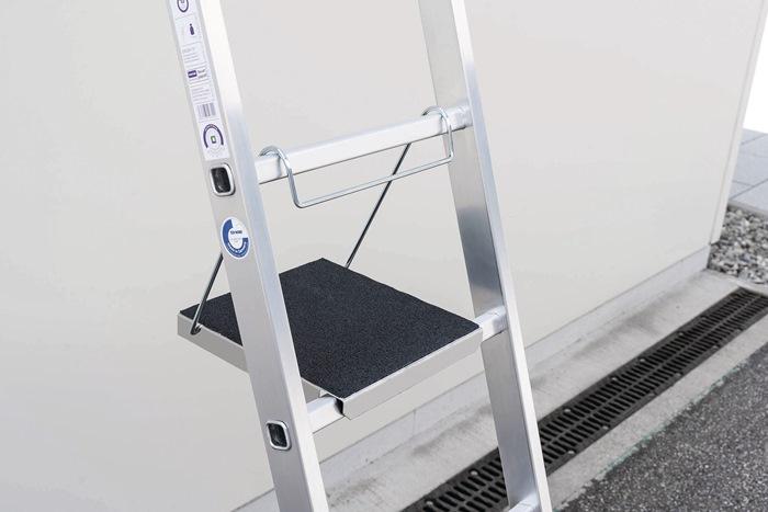 Einhängetritt Aluminum Plattformbelag